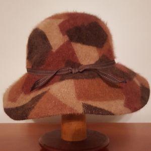 Abertus Swanepoel for Target Elegant Explorer Hat